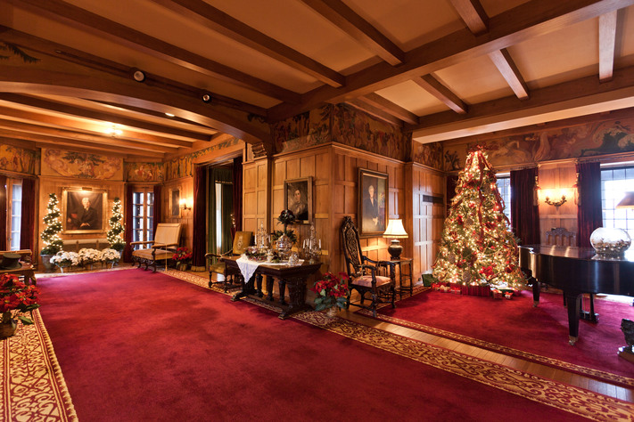 Holiday Tours of Brucemore Mansion