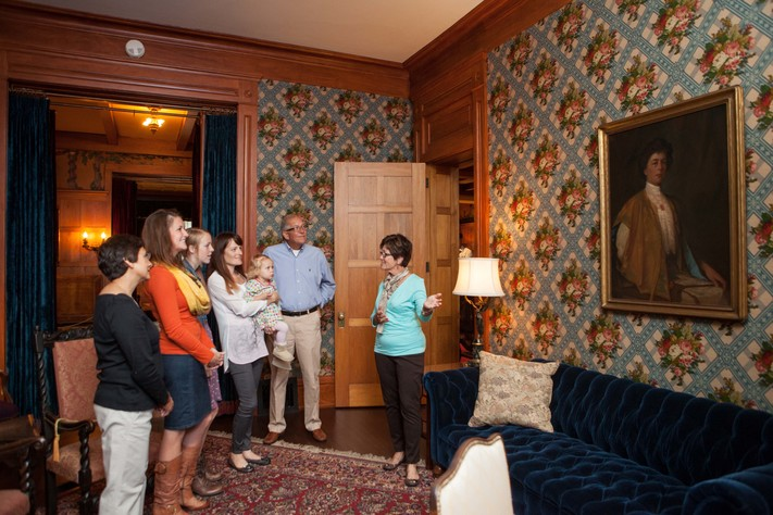 Brucemore Mansion Tours