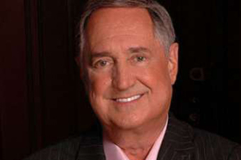 Neil Sedaka returns to Riverside in April